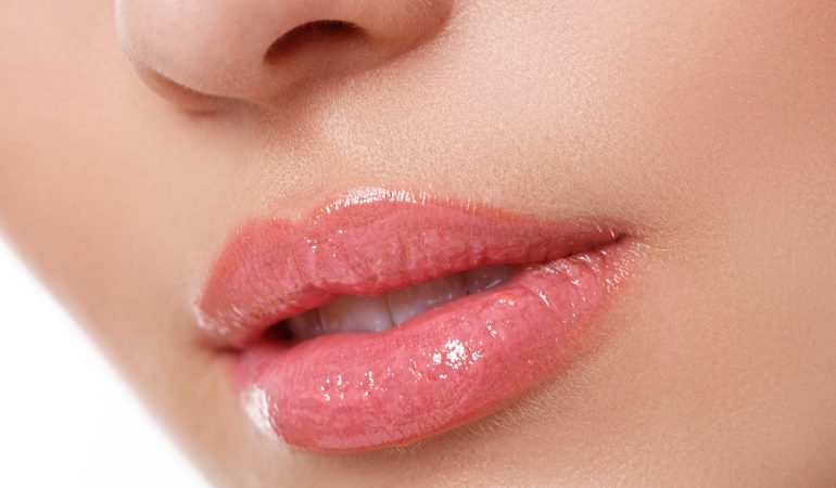 How to take care of lips